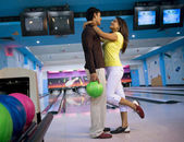Couple at the bowling alley — Стоковое фото