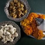 Raisins and Cashewnuts — Stock Photo