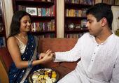 Tying rakhi on Rakhshabandhan — Stock Photo