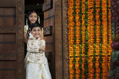South Indian girl with her brother — Stock Photo