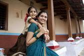 Dívka a její matka — Stock fotografie