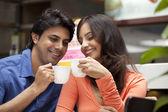 Para korzystających herbatę razem — Zdjęcie stockowe