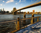 Brooklyn Bridge and East River — Stock Photo