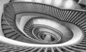 らせん階段を表示します。 — ストック写真