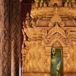 Thailand, lampang, pratartlampangluang Temple, Buddha statue — Stock Photo #18999155