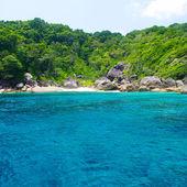 Prachtige blauwe zee van Zuid-thailand, Azië — Stockfoto