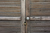 Wood door locked — Stock Photo