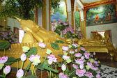 Buddha sleep in temple phuket — Stock Photo