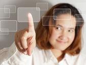 手のような仮想ボタン プッシュ — ストック写真