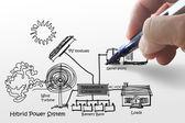 Ingénieur dessine le système de propulsion hybride, de combiner plusieurs sources diag — Photo