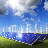 Gruppo motopropulsore con pannelli fotovoltaici e turbine eoliche su sk blu — Foto Stock