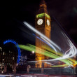 Big ben and circle traffic lights — Stock Photo