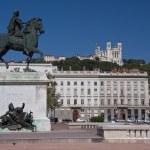 Pomnik konny Ludwika XIV na placu place bellecour — Zdjęcie stockowe