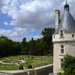 Tower and garden of the chateau of Chenonceau - Stockfoto