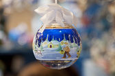 Decorated christmas ball — Stockfoto