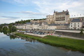 Chateau d'Amboise and village — Stockfoto