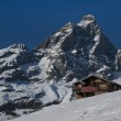 Chalet facing the Matterhorn — Stock Photo
