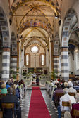 Aisle of a Romanic Church during a Wedding — Stockfoto