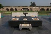 Raj Ghat, Gandhi Memorial in Delhi — Stock Photo