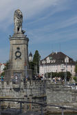 Bavarian Lion at the entrance of the Port of Lindau — Stock Photo