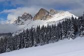 Paesaggio invernale nelle dolomiti — Foto Stock