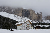 Chalet dans le val di fassa — Photo