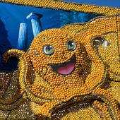 マントンのレモン祭りで柑橘類の展覧会 — ストック写真