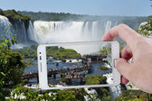 Taking a picture in Iguazu with a Smartphone — Stock Photo
