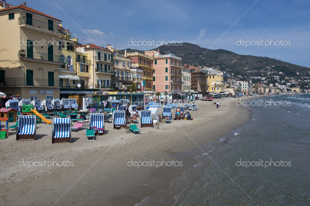 the beach of alassio stock editorial photo faabi 43625895. Black Bedroom Furniture Sets. Home Design Ideas