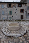 Fountain in Vence — Stock Photo