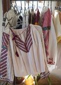 Costumi donna tradizionale rumeno — Foto Stock