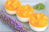 Peach yogurt cake — Stock Photo