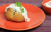Baked potato with fresh radish curd cheese — Stok fotoğraf