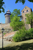 Nuremberg castle with tower, building and street lamp — Стоковое фото