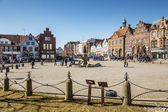 Market place in Husum with Tine fountain — Stock Photo