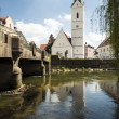 River Amper and Church St. Leonhard — Stock Photo