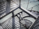 Kovové schody — Stock fotografie