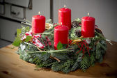Advent wreath with burning red candles — 图库照片