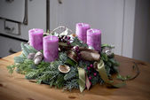 Advent wreath with purple candles — Stock Photo