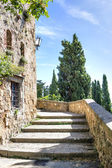 Stairs in sunny Pienza — Stock Photo