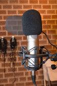 Microphone in studio — Stock Photo