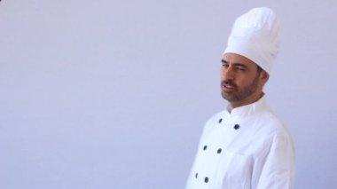 Chef-kok in witte toque — Stockvideo
