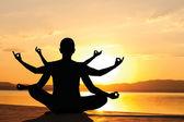 Yoga sunset — Stock Photo