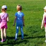 Three girls before the start — Stock Photo #39760697