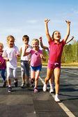 Bambina felice finire prima — Foto Stock