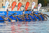 STOCKHOLM - AUG, 24, 2012: The start with swimming of the Mens ITU Wor — Stock Photo