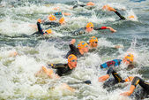 STOCKHOLM - AUG, 24: The start with swimming of the Mens ITU Wor — Stock Photo
