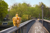 A golden crown on bridge — Stok fotoğraf