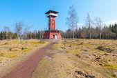 Kinnekulle rozhledna ve švédsku — Stock fotografie