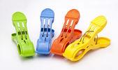 Färgglada klädnypor — Stockfoto